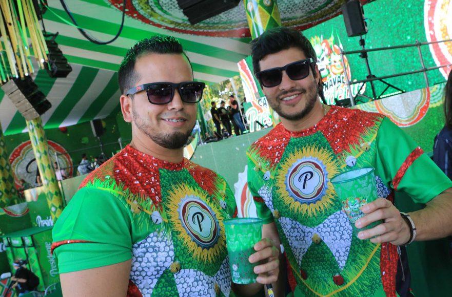9 Gerald Betancourt y Xavi Castillo