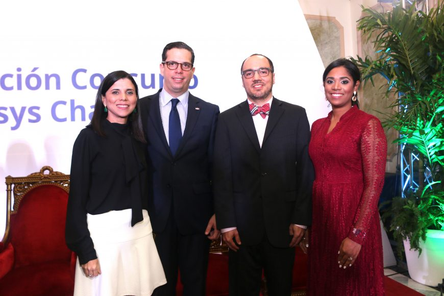 Paola Mañon, Cesar Dargam, Chritian Corsino, Dilsia Heredia