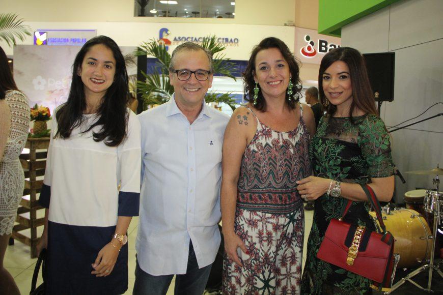 4.Crystal Fiallo, Laureno Urgal, Manuela Goulard y Lady Francisco
