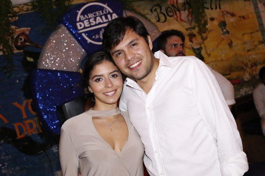 8. Victoria Aquino y Alejandro Martinez