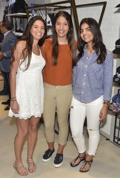 Foto 10 Carla Victoria Morales, Michelle Guerra y Catherine Lomba