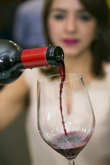 Los asistentes podrán disfrutar de vinos a precios especiales