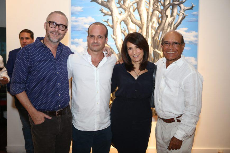 1. Foto Principal - Lyle O. Reitzel, Eladio Fernández, Inés Tolentino y José García Cordero