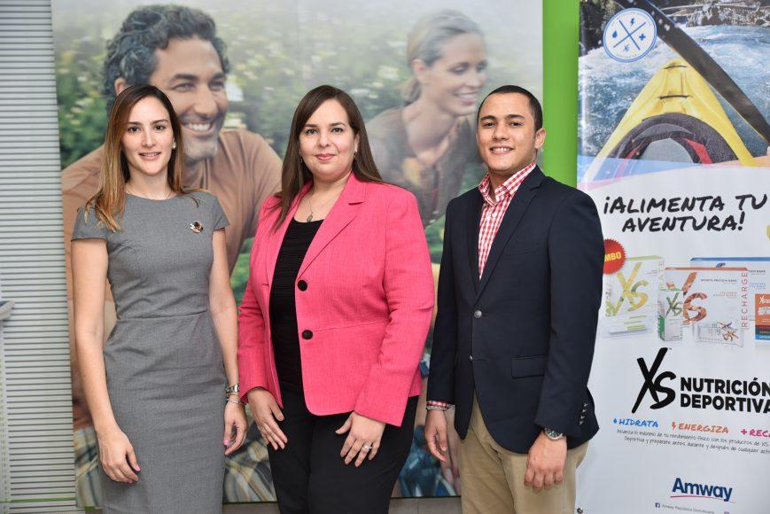1. (Principal). Yolanda Linares, Sarah Argomaniz y Omar Tejeda.
