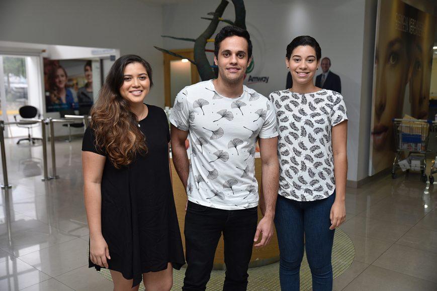 2. Carolina Campo, Adrián Sánchez y Ángela Mercedes.