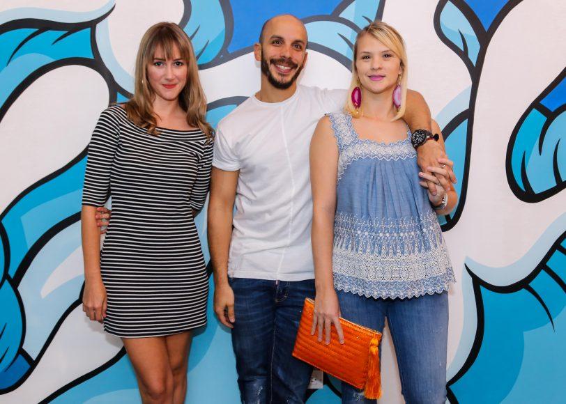 3. Carolina García, Ricky Gómez y Emma Keesee