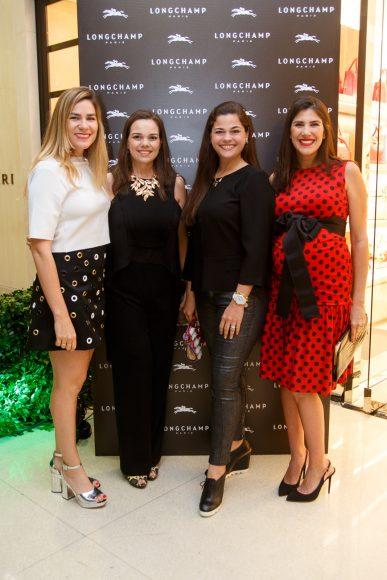 4 Michele Jimenez, Emiliana Velutini, Daniela Velutini y Crystal Jimenez