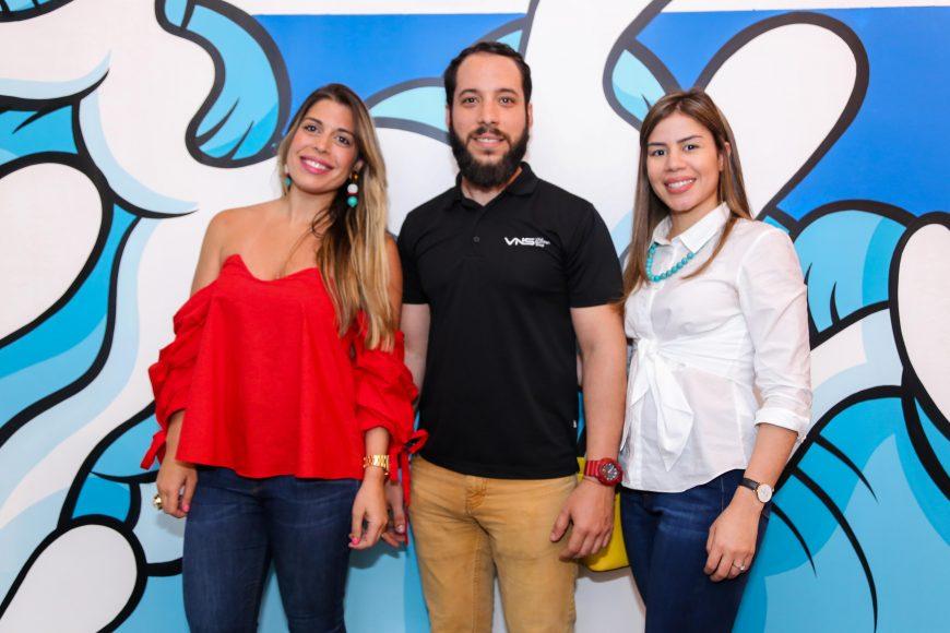 4. Gina Fernández, Rafael Pérez y Laura Villaman