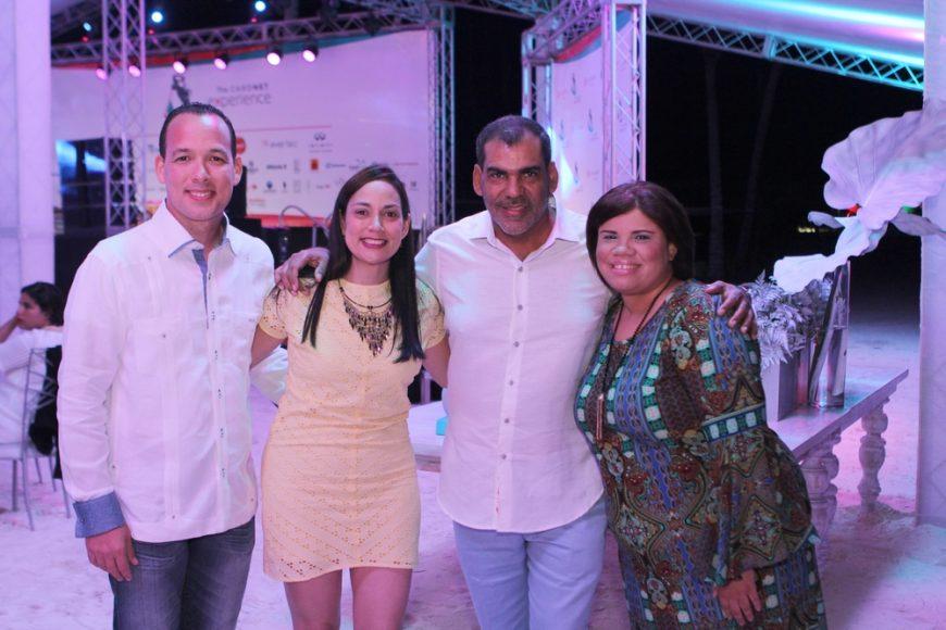 Federico Sanabia, Gretchen Lora, Sr. Luis Bencosme, Leslie Terrero. (Copiar)