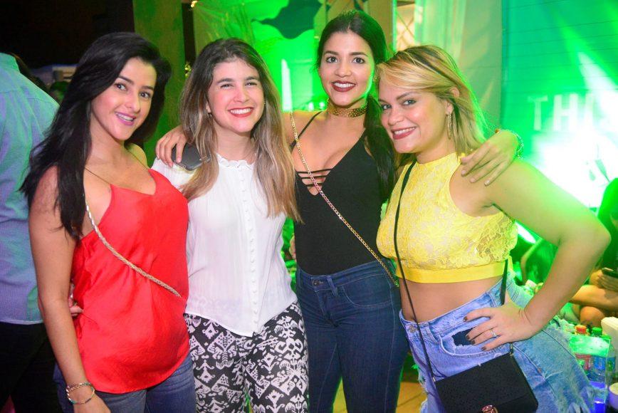 04 Valentina Ossa, Sofia Tarrazo, Vanessa Ruiz y Ruth Vásquez