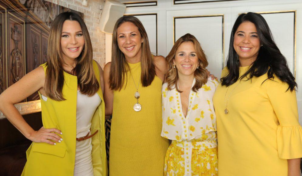 1. Luz García, Eva Avelar, Vanessa Gaviria y Karla Rodríguez