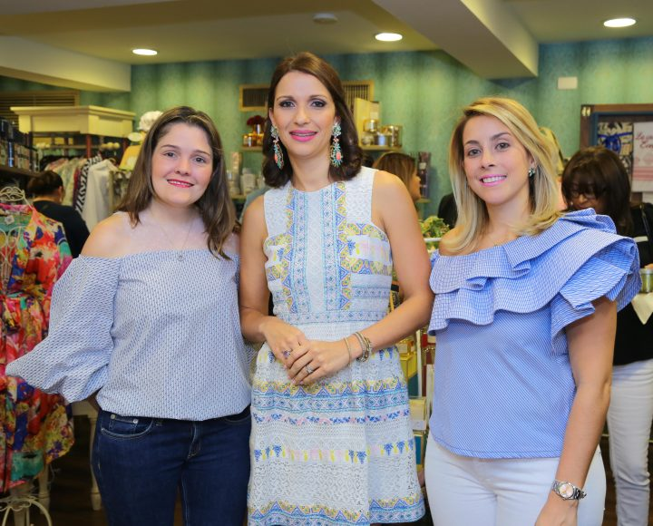 1. Priscilla Kelly, Evelyn Fernández y Priscilla Johnson (foto principal)
