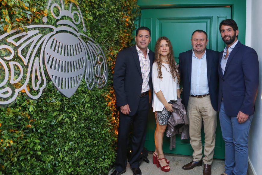 2. Luis Fernández, Maria Bertha Becerra, Ismael Solís y Samuel Castellanos