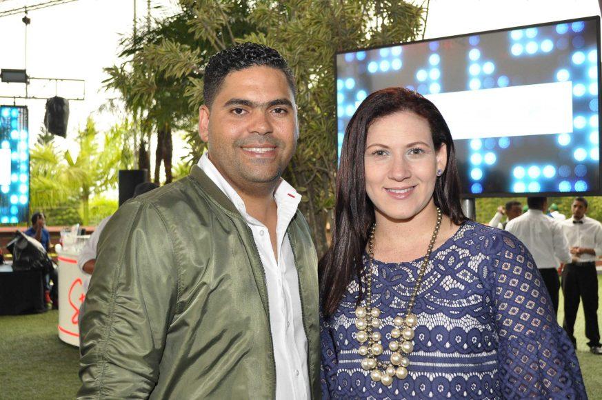 2. Orlando Martínez y Brenda Álvarez