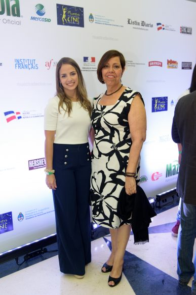 3. Daniela Azar y Thelma Castán