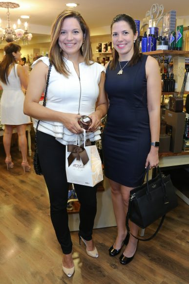 4. Irania Saco y Nancy Crespo