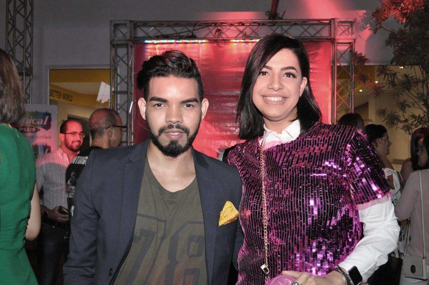7.Miguel Estévez y Jhisselle Concepción