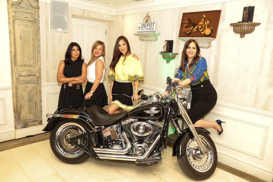 Gina Lopez, Letty Rivera, Dalia Sued, Montserrat Puig. (2)
