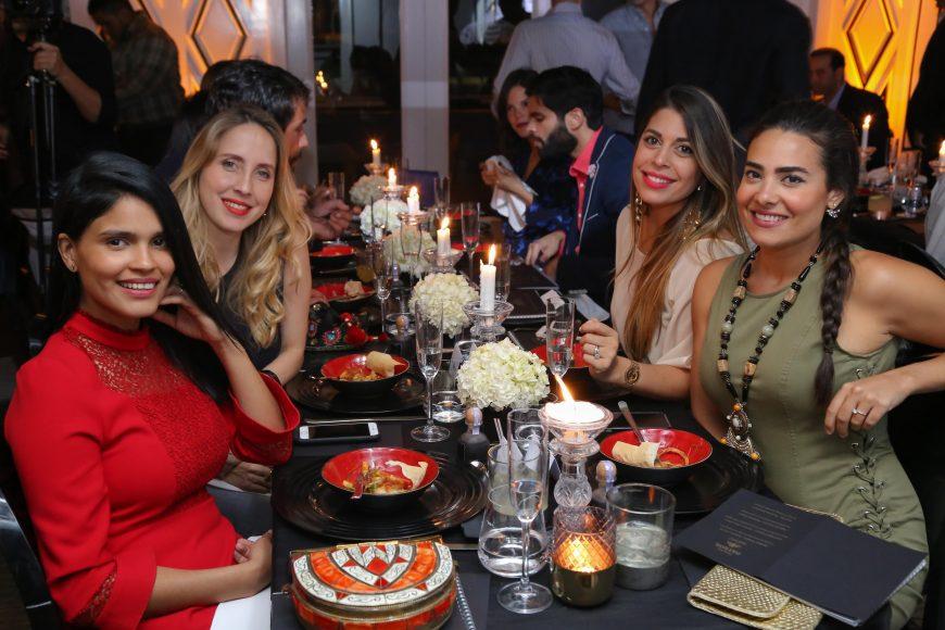 Maylé Vásquez, Veronica Varela, Ginna Fernández y Sarah López