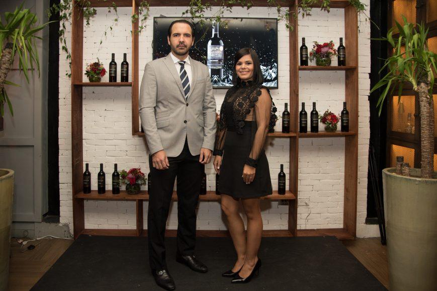 1 (Principal) Miguel Toirac y María Eugenia Hernández