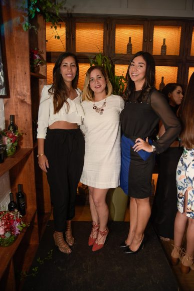 15 María Laura Báez, Camila Gidoni y Patricia Álvarez