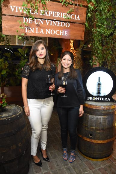 19 Rocio Morales y Maria Amelia Cáceres
