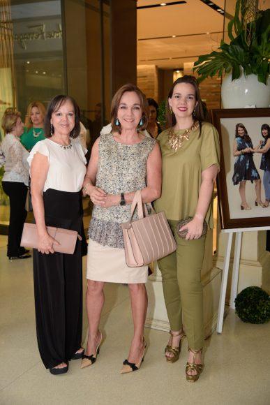 Eglee Manzo, Olga de Velutini y Emiliana Velutini de Fajardo
