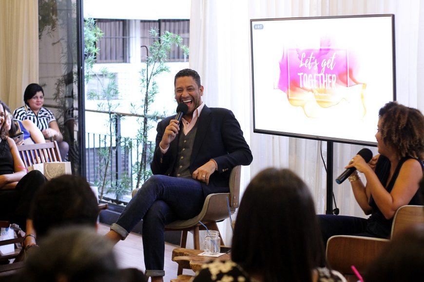 Reading Pantaleón y La Fashionista Realista durante el conversatorio (1)