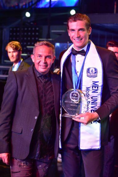 Robert Flores y Kevin Montes