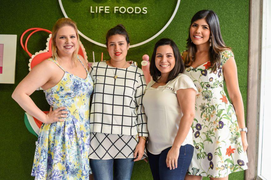1. Maria Victoria Kaluche, Carolina Socias, Wendi Larrauri y Carol Zapata