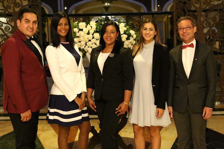 2 Principal Raúl Pérez, Katherine Beriguete, Elaine Gómez Martínez, Carmen Vicens y Amando Pozo