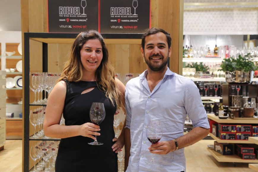 2. Paola Guilliani y Paul Alfonso