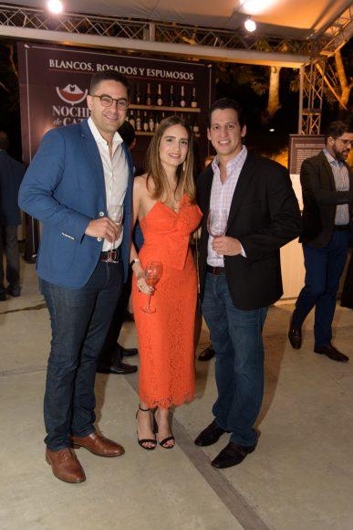 3 Ostos Fernández, Oriana Veloso y Fernando Lama