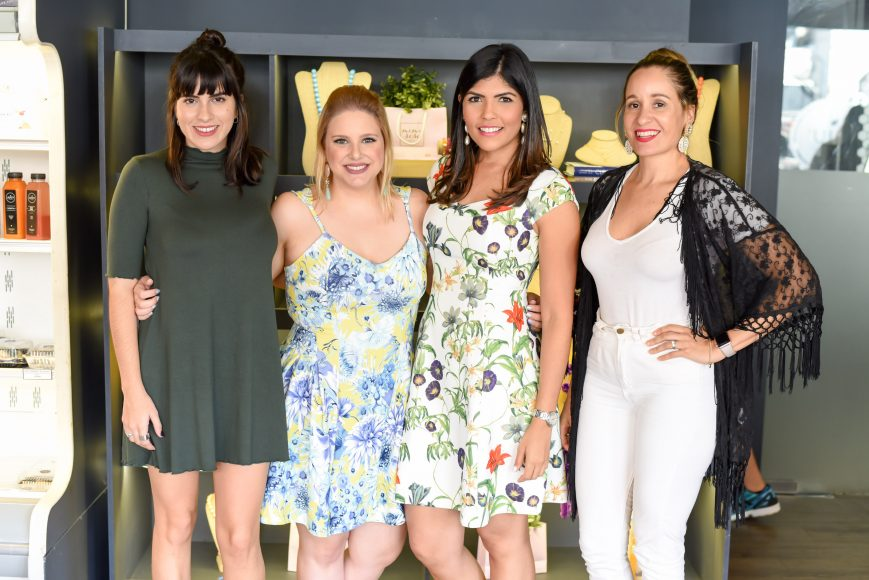 8. Melissa Alberti, Maria Victoria Kaluche, Carol Zapata y Aura Rosa Heinsen