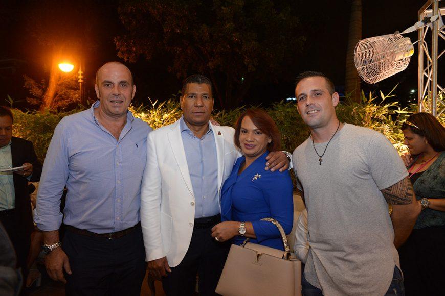 8.Juan Gacio, Alberto Bera, Betania Bera y Carlos Jiménez