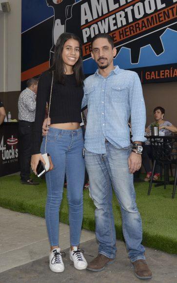 Foto 19 Ana Milagros Reyes y Luis Reyes