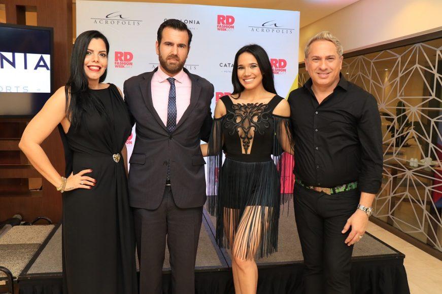 Monica Olivo, José María Fernández, Carolina Vidal y Alex Macias