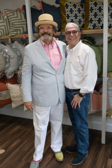 13 Alberto Chávez y José Hernández