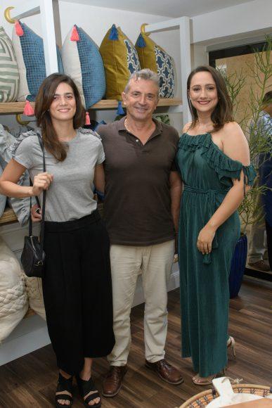 8 Lucía Freites, Fabrizio Niatti y María Gabriela Mendoza