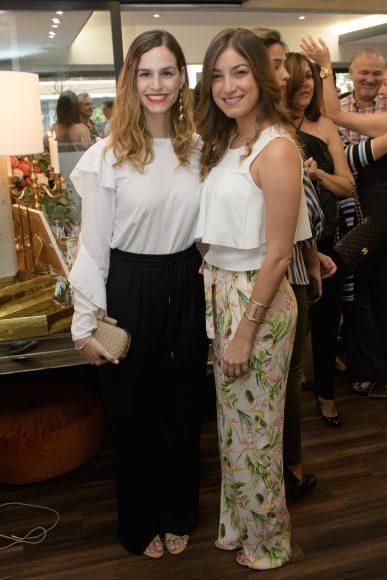 9 Liza Azar y Gabriela Álvarez