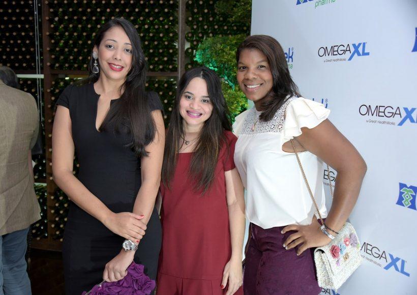 Caisy Muñoz, Maxiel Abreu y Gema Maloney (Copiar) (Copiar)