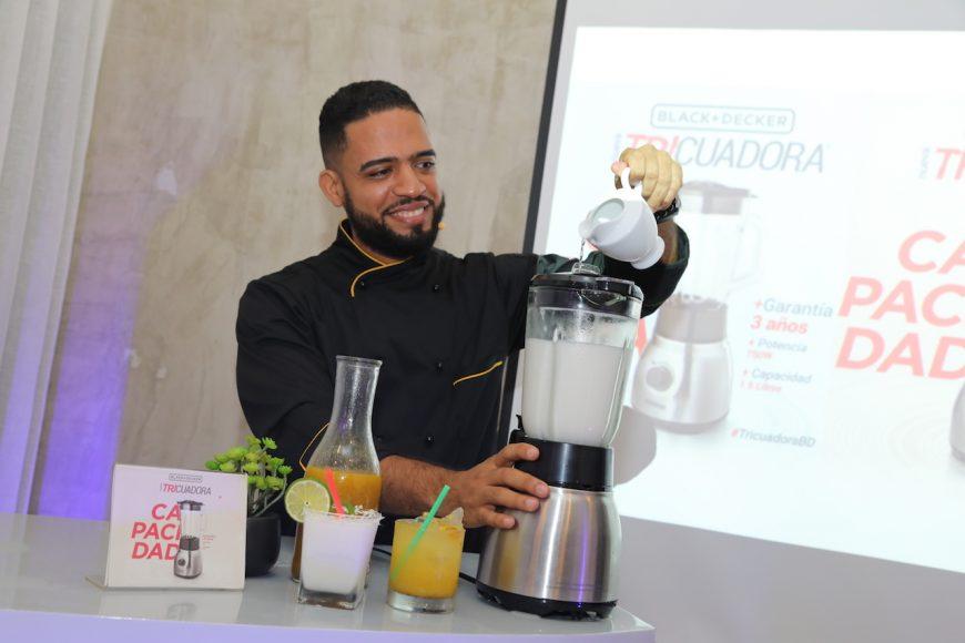 Chef Manuel Méndez prueba la Tricuadora