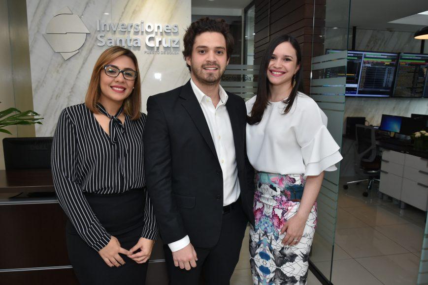 Karla Crespo, Diego Eucebio , Patricia Aldebot