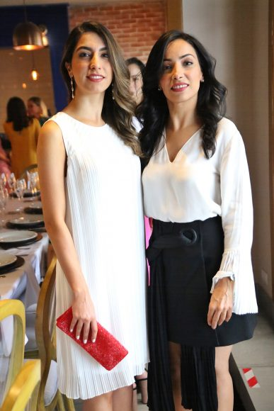 1. Azadeh Kadivar y Behi Kadivar