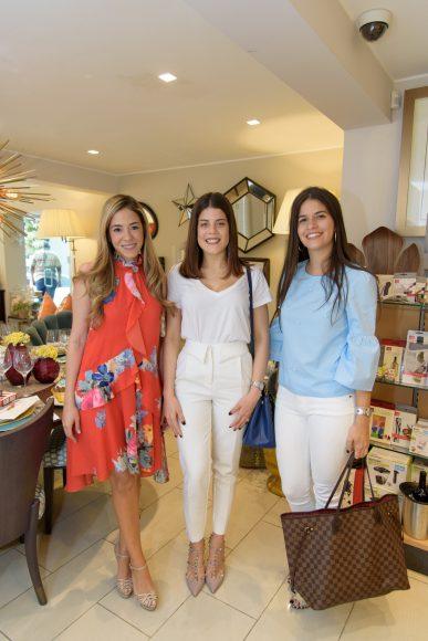 6. Yuribell Chez, Laura Read y Alejandra Fuertes Moore