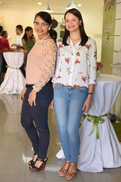 Cindy Ciprián y Mariel Ciprián.