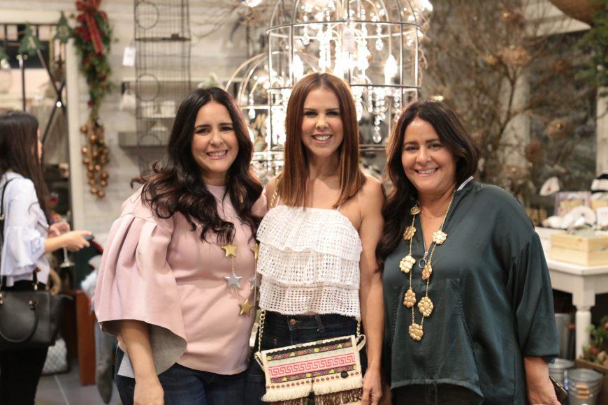 1.2 Natalia Ravelo, Ingrid Gómez y Claudia Ravelo
