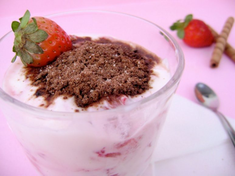 Iogurte e Ovomaltine