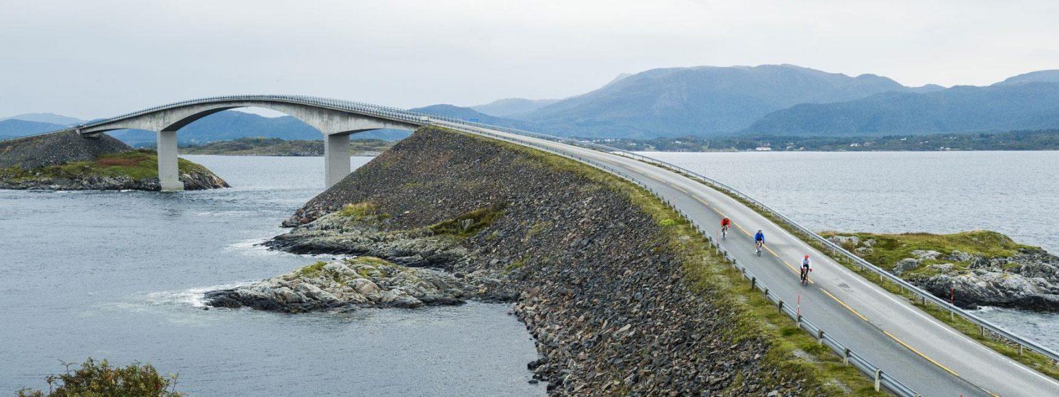 carretera-Atlanterhavsveien-Noruega-2