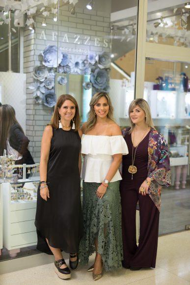 1. Vivian Guenoun, Johana Contreras y Veroo Rahn